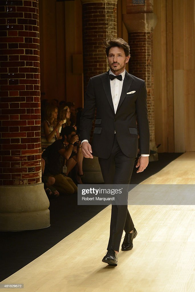 <a gi-track='captionPersonalityLinkClicked' href=/galleries/search?phrase=Andres+Velencoso&family=editorial&specificpeople=2089819 ng-click='$event.stopPropagation()'>Andres Velencoso</a> walks the runway for 'Mango' at 080 Barcelona Fashion Week on June 30, 2014 in Barcelona, Spain.