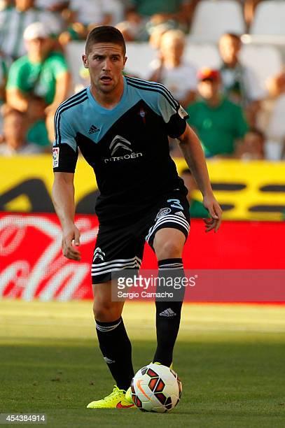 Andreu Fontas of RC Celta de Vigo controls the ball during the La liga match between Cordoba CF and RC Celta de Vigo at El Arcangel studium on August...