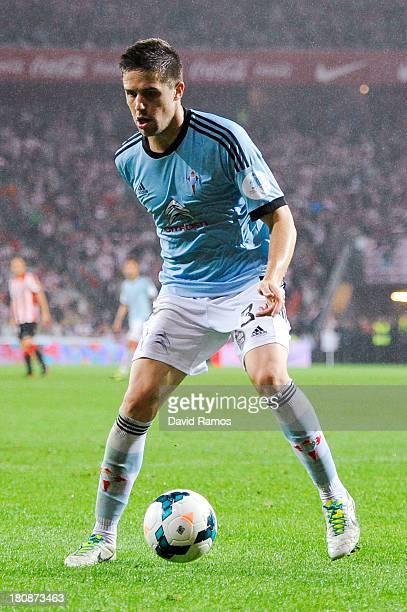 Andreu Fontas of RC Celta de Vigo runs with the ball during the La Liga match between Athletic Club and RC Celta de Vigo at San Mames Stadium on...