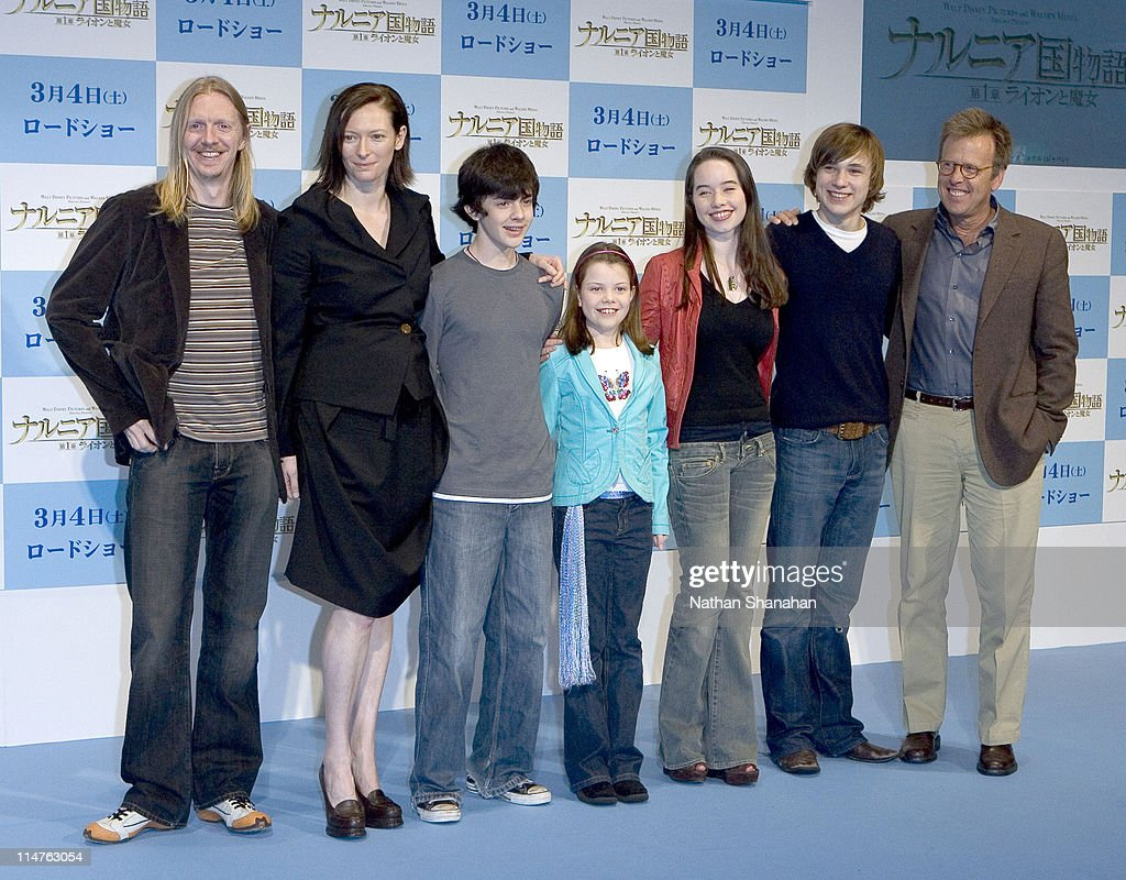 <a gi-track='captionPersonalityLinkClicked' href=/galleries/search?phrase=Andrew+Adamson&family=editorial&specificpeople=770048 ng-click='$event.stopPropagation()'>Andrew Adamson</a> - Director, <a gi-track='captionPersonalityLinkClicked' href=/galleries/search?phrase=Tilda+Swinton&family=editorial&specificpeople=202991 ng-click='$event.stopPropagation()'>Tilda Swinton</a>, <a gi-track='captionPersonalityLinkClicked' href=/galleries/search?phrase=Skandar+Keynes&family=editorial&specificpeople=768096 ng-click='$event.stopPropagation()'>Skandar Keynes</a>, <a gi-track='captionPersonalityLinkClicked' href=/galleries/search?phrase=Georgie+Henley&family=editorial&specificpeople=618654 ng-click='$event.stopPropagation()'>Georgie Henley</a>, Anna Popplewel, <a gi-track='captionPersonalityLinkClicked' href=/galleries/search?phrase=William+Moseley&family=editorial&specificpeople=618652 ng-click='$event.stopPropagation()'>William Moseley</a> and Mark Johnson - Producer