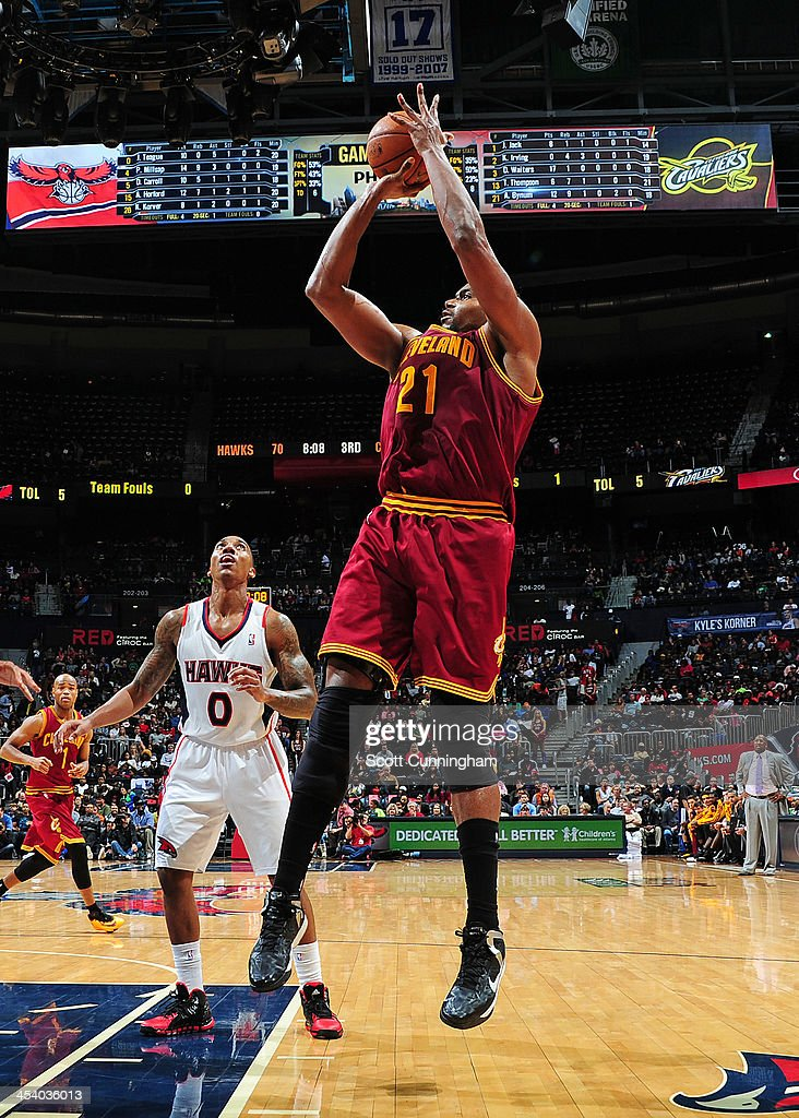 <a gi-track='captionPersonalityLinkClicked' href=/galleries/search?phrase=Andrew+Bynum&family=editorial&specificpeople=630695 ng-click='$event.stopPropagation()'>Andrew Bynum</a> #21 of the Cleveland Cavaliers shoots the ball against the Atlanta Hawks on December 6, 2013 at Philips Arena in Atlanta, Georgia.