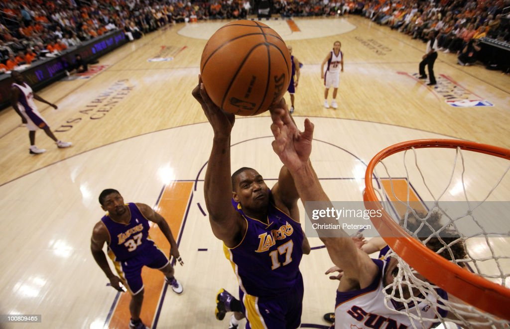 Andrew Bynum #17 of the Los Angeles Lakers goes up for a dunk against the Phoenix Suns in the first half of Game Four of the Western Conference Finals during the 2010 NBA Playoffs at US Airways Center on May 25, 2010 in Phoenix, Arizona.