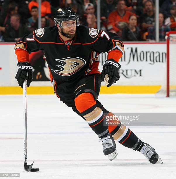 Andrew Cogliano of the Anaheim Ducks handles the puck against the Calgary Flames in Game Five of the Western Conference Semifinals during the 2015...