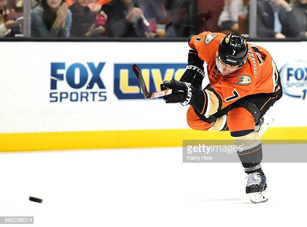 Andrew Cogliano of the Anaheim Ducks scores on his shot to take a 30 lead over the Nashville Predators during the first period at Honda Center on...