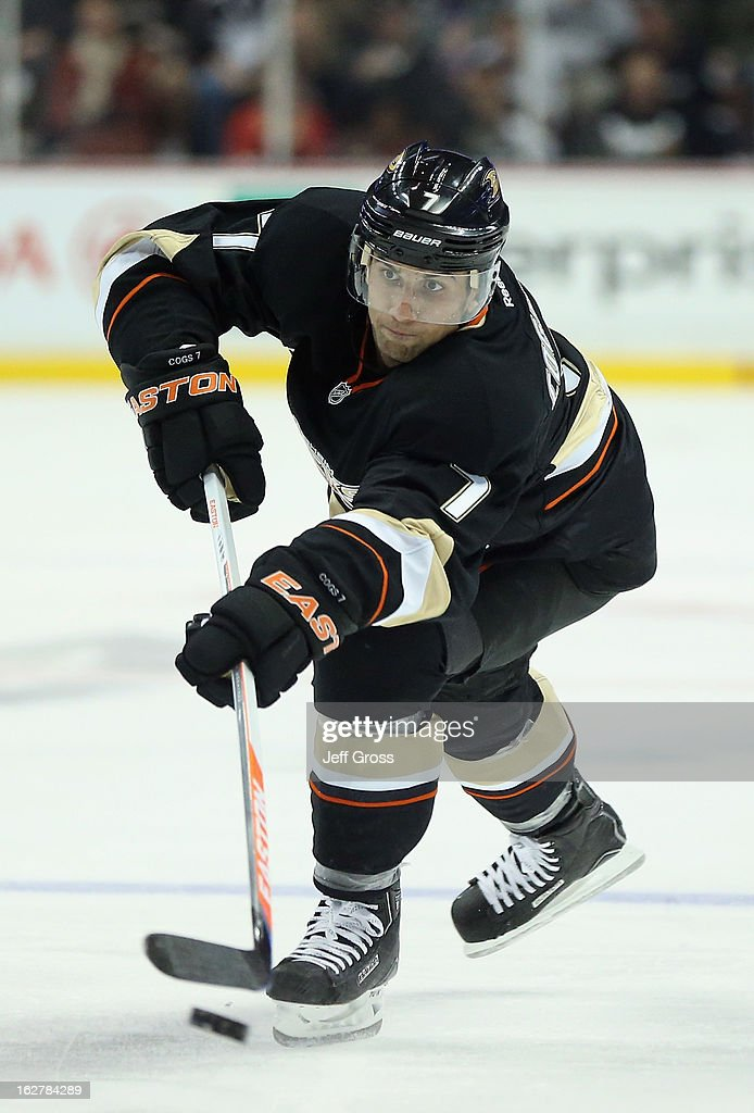Andrew Cogliano #7 of the Anaheim Ducks shoots the puck against the Colorado Avalanche at Honda Center on February 24, 2013 in Anaheim, California.