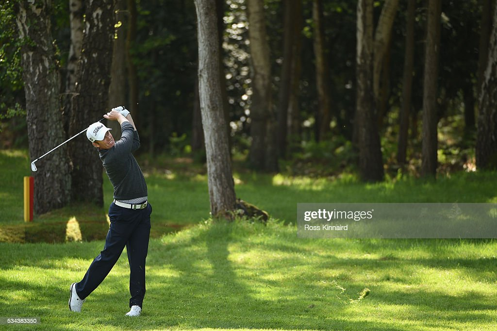 <a gi-track='captionPersonalityLinkClicked' href=/galleries/search?phrase=Andrew+Dodt&family=editorial&specificpeople=670053 ng-click='$event.stopPropagation()'>Andrew Dodt</a> of Australia hits an approach during day one of the BMW PGA Championship at Wentworth on May 26, 2016 in Virginia Water, England.