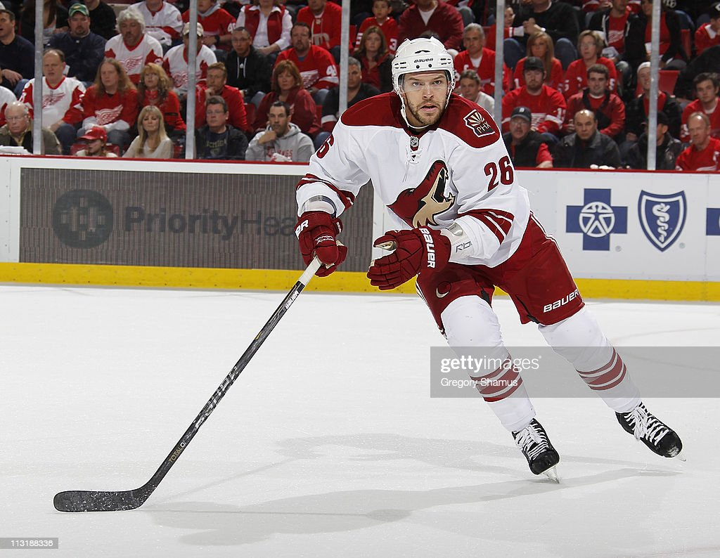 Andrew Ebbett of the Phoenix Coyotes skates against the Detroit Red Wings in Game Two of the Western Conference Quarterfinals during the 2011 Stanley...