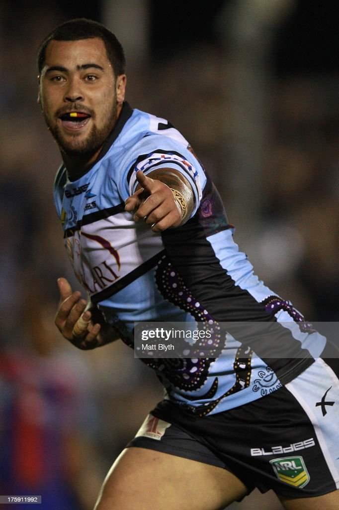 NRL Rd 22 - Sharks v Knights