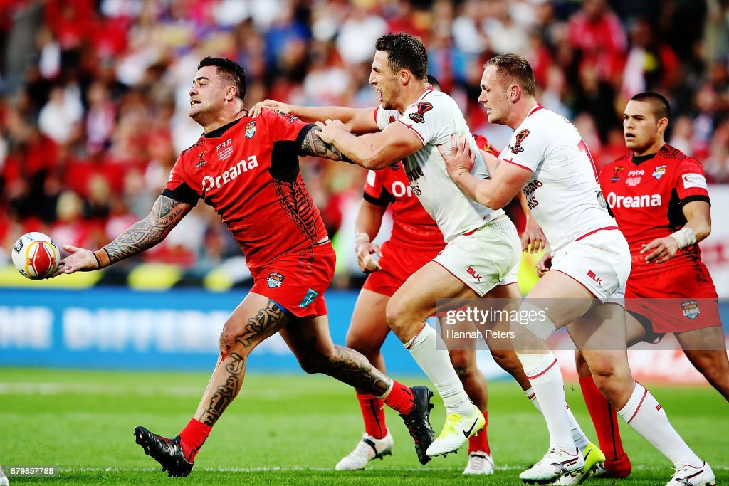 Andrew Fifita of Tonga offloads the ball during the 2017 Rugby League World Cup Semi Final match between Tonga and England at Mt Smart Stadium on November 25, 2017 in Auckland, New Zealand.