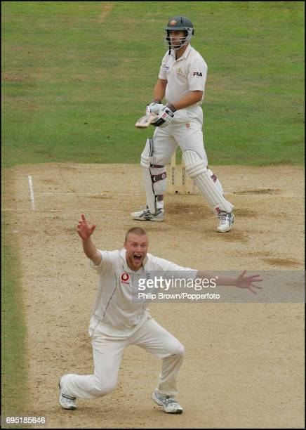 Andrew Flintoff of England appeals and gets Simon Katich of Australia lbw during the 5th Ashes Test match between England and Australia at the Brit...