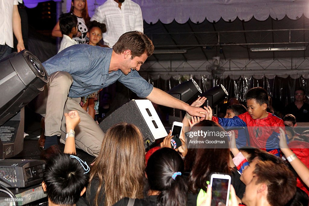 <a gi-track='captionPersonalityLinkClicked' href=/galleries/search?phrase=Andrew+Garfield&family=editorial&specificpeople=4047840 ng-click='$event.stopPropagation()'>Andrew Garfield</a> of 'The Amazing Spider-Man 2' attends the Earth Hour Kick-Off with Spider-Man, The First Super Hero Ambassador for Earth Hour, the global movement organized By WWF (World Wide Fund For Nature) on March 29, 2014 in Singapore. #spiderman