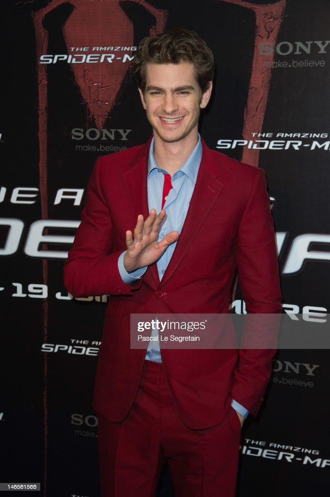 <a gi-track='captionPersonalityLinkClicked' href=/galleries/search?phrase=Andrew+Garfield&family=editorial&specificpeople=4047840 ng-click='$event.stopPropagation()'>Andrew Garfield</a> poses during 'The Amazing Spider-Man' Paris Film premiere at Le Grand Rex on June 19, 2012 in Paris, France.