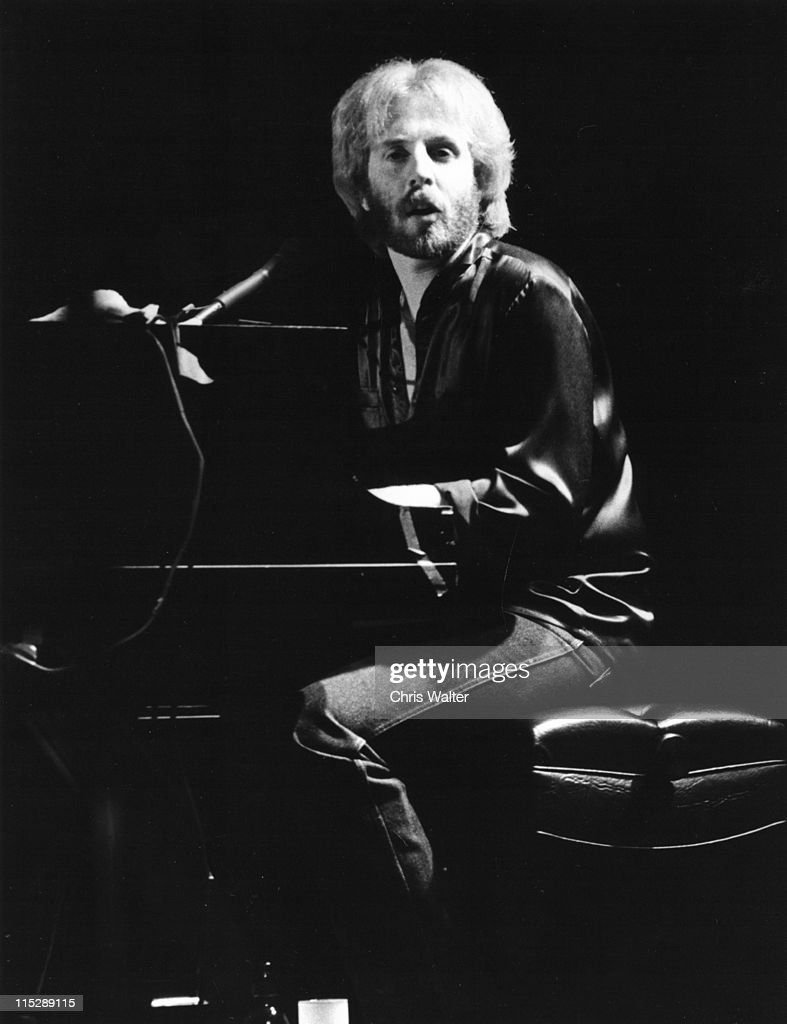 Andrew Gold performs onstage circa 1978 in Hollywood, California.
