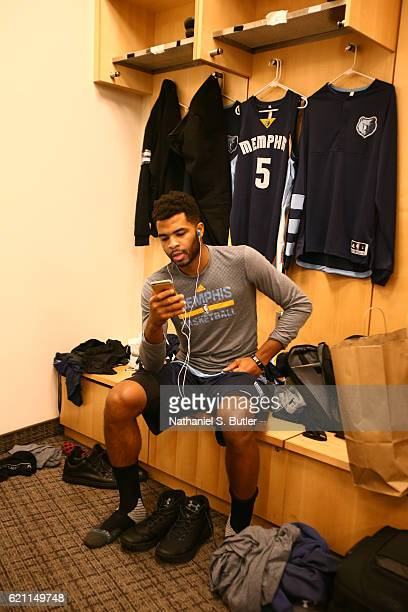 Andrew Harrison of the Memphis Grizzlies gets ready before the game against the New York Knicks on October 29 2016 at Madison Square Garden in New...