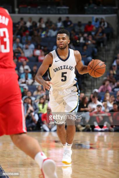 Andrew Harrison of the Memphis Grizzlies handles the ball during a preseason game against the Houston Rockets on October 11 2017 at FedExForum in...