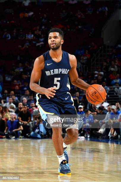 Andrew Harrison of the Memphis Grizzlies handles the ball during the game against the Philadelphia 76ers during a preseason game on October 4 2017 at...