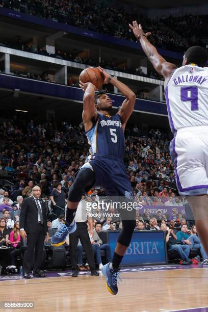Andrew Harrison of the Memphis Grizzlies shoots the ball during a game against the Sacramento Kings on March 27 2017 at Golden 1 Center in Sacramento...