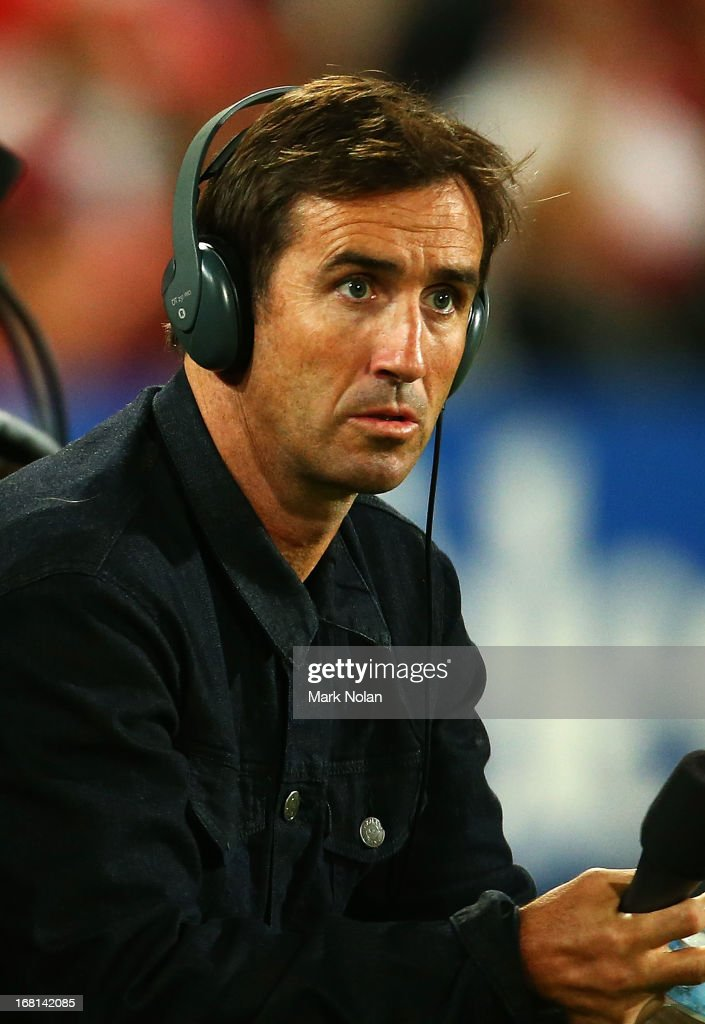 <a gi-track='captionPersonalityLinkClicked' href=/galleries/search?phrase=Andrew+Johns&family=editorial&specificpeople=206309 ng-click='$event.stopPropagation()'>Andrew Johns</a> commentates from the sideline for Triple M Radio during the round eight NRL match between the St George Illawarra Dragons and the Manly Sea Eagles at WIN Jubilee Stadium on May 6, 2013 in Sydney, Australia.