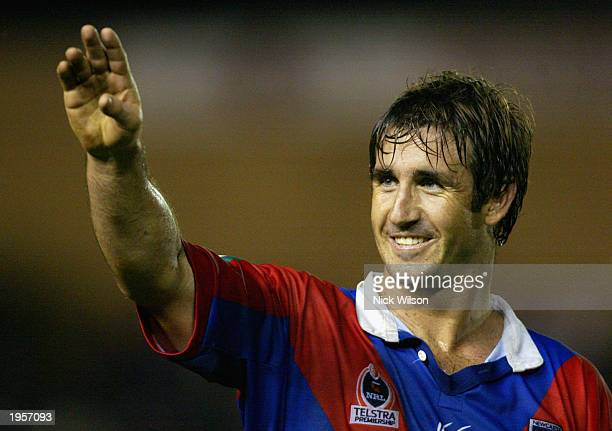 Andrew Johns of the Knights waves to his home crowd during the round seven NRL match between the Newcastle Knights and the Wests Tigers April 26 2003...