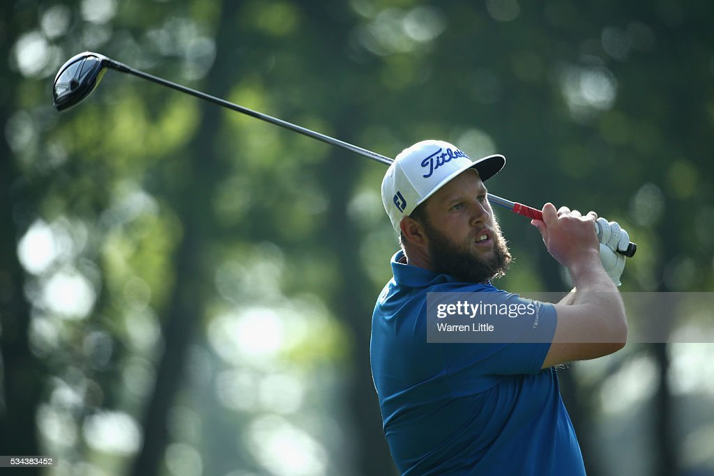 <a gi-track='captionPersonalityLinkClicked' href=/galleries/search?phrase=Andrew+Johnston+-+Golfer&family=editorial&specificpeople=15823456 ng-click='$event.stopPropagation()'>Andrew Johnston</a> of England tees off on the 3rd hole during day one of the BMW PGA Championship at Wentworth on May 26, 2016 in Virginia Water, England.