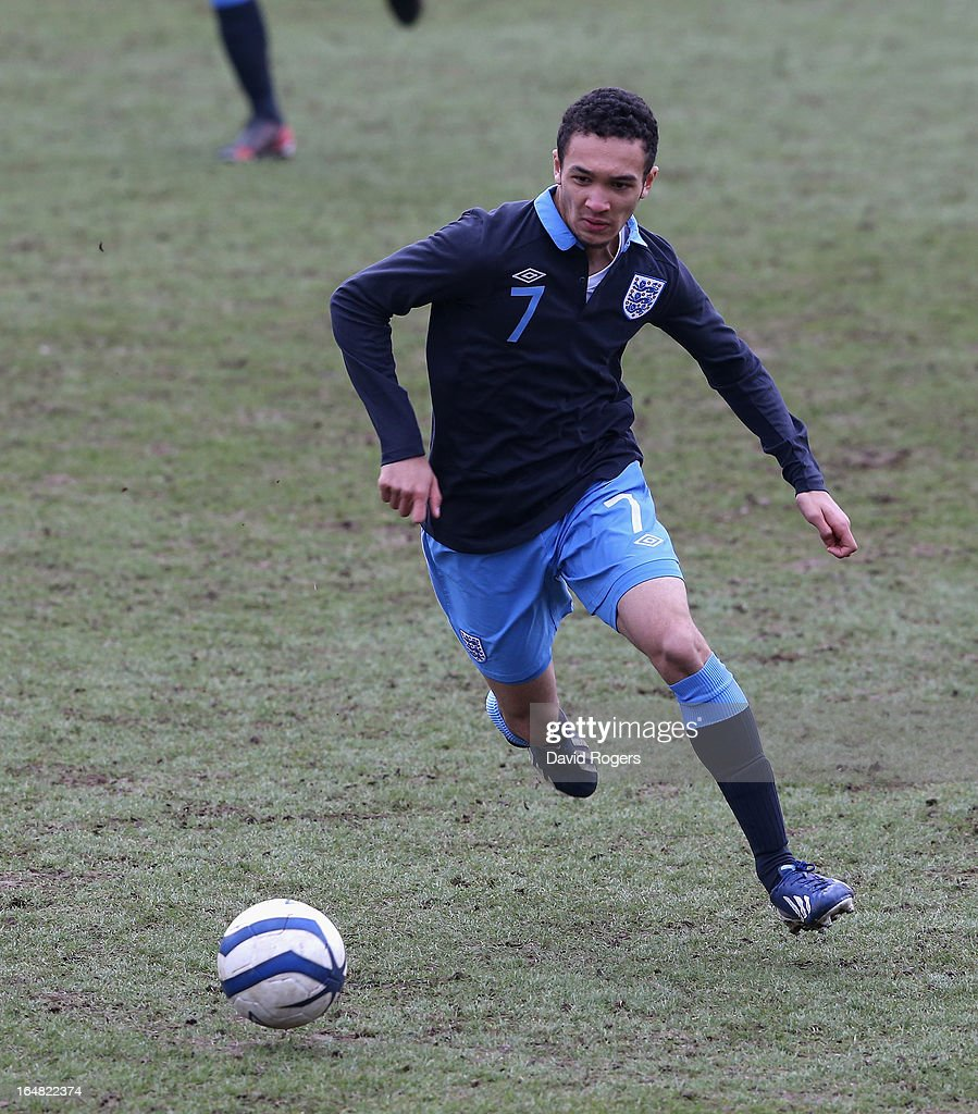Andrew Kiwomya of England runs with the ball during the UEFA European Under 17 Championship match between England and Slovenia at Pirelli Stadium on March 28, 2013 in Burton-upon-Trent, England.