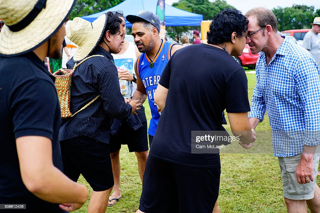 Andrew Little meets locals whilst attending the market on February 6, 2016 in Waitangi, New Zealand. The Waitangi Day national holiday celebrates the signing of the treaty of Waitangi on February 6, 1840 by Maori chiefs and the British Crown, that granted the Maori people the rights of British Citizens and ownership of their lands and other properties.