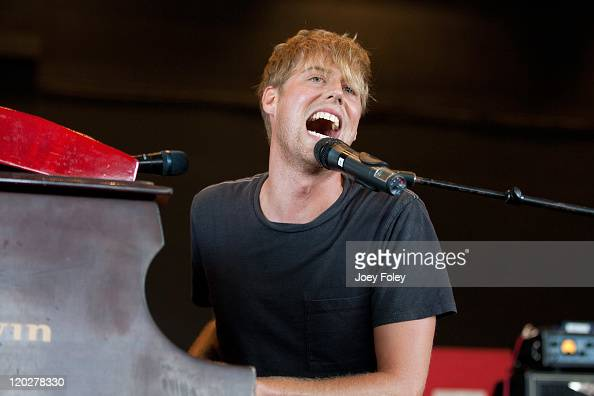 Andrew McMahon of Jack's Mannequin performs onstage during the 2011 Vans Warped Tour at the Riverbend Music Center on August 2 2011 in Cincinnati Ohio