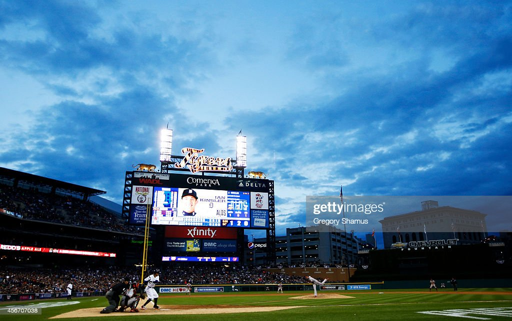 Andrew Miller of the Baltimore Orioles pitches to Ian Kinsler of the Detroit Tigers in the eighth inning during Game Three of the American League...