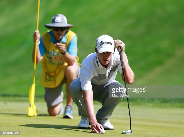 Andrew Putnam lines up a birdie putt on the 16th hole during the second round of the Webcom Tour DAP Championship on September 22 2017 in Beachwood...