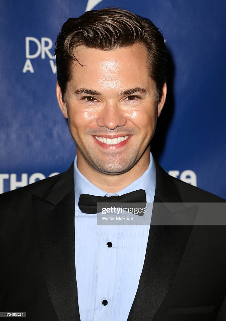 Andrew Rannells attends the 2015 Drama Desk Awards at Town Hall on May 31, 2015 - andrew-rannells-attends-the-2015-drama-desk-awards-at-town-hall-on-picture-id475495524