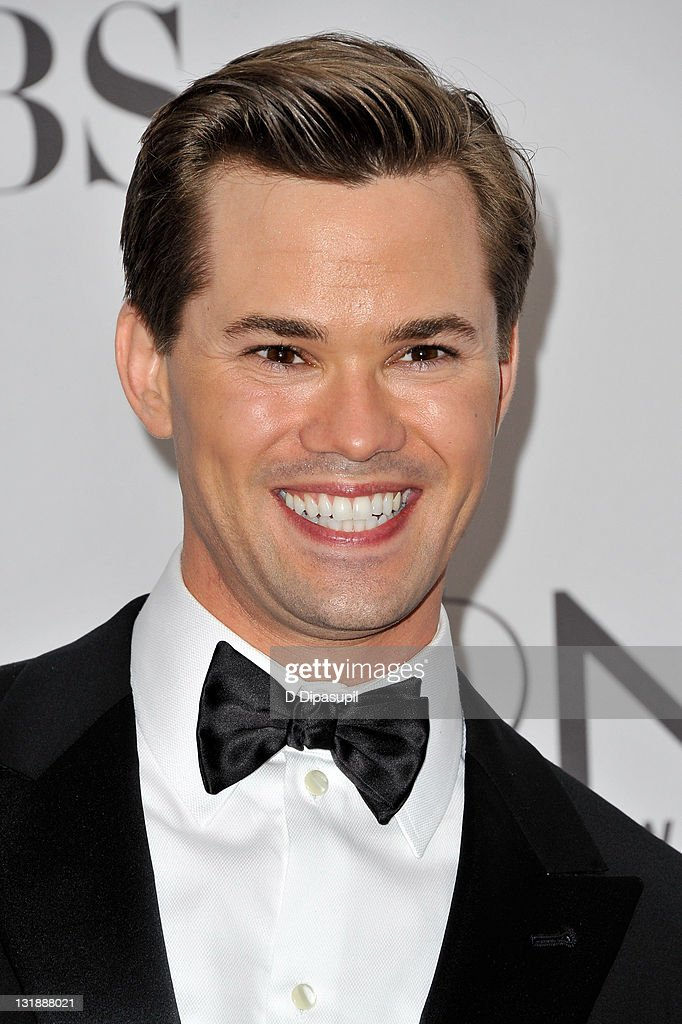 Andrew Rannells attends the 65th Annual Tony Awards at the Beacon Theatre on June 12, 2011 in New York City.
