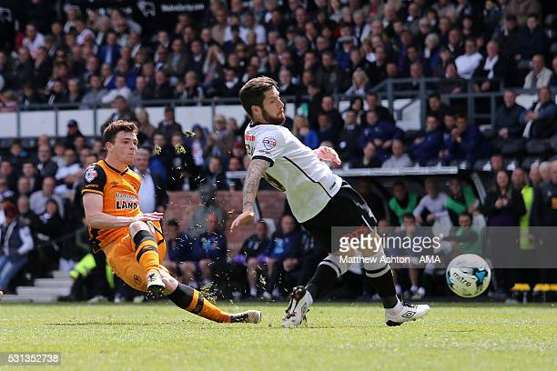 Andrew Robertson of Hull City scores a goal to make it 03 during the Sky Bet Championship Play Off First Leg match between Derby County and Hull City...
