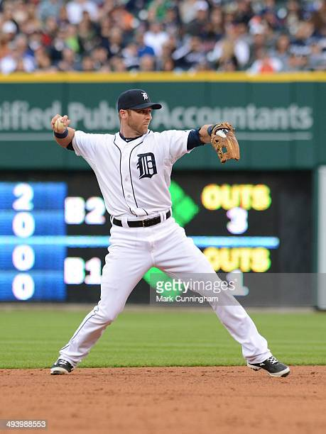 Andrew Romine of the Detroit Tigers fields during the game against the Texas Rangers at Comerica Park on May 23 2014 in Detroit Michigan The Tigers...