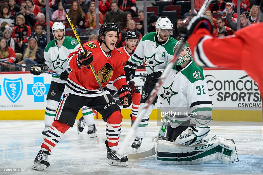 <a gi-track='captionPersonalityLinkClicked' href=/galleries/search?phrase=Andrew+Shaw+-+Eishockeyspieler&family=editorial&specificpeople=10568695 ng-click='$event.stopPropagation()'>Andrew Shaw</a> #65 of the Chicago Blackhawks reacts after the Blackhawks scored against the Dallas Stars in the third period of the NHL game at the United Center on February 11, 2016 in Chicago, Illinois.