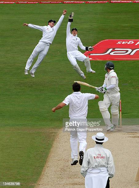 Andrew Strauss and Tim Ambrose both leap in vain as AB de Villiers edges a ball from Darren Pattinson England v South Africa 2nd Test Headingley Jul...