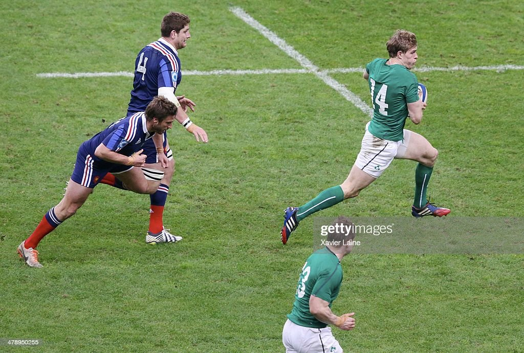 Andrew Trimble of Ireland during the RBS 6 Nations match between France and Ireland at Stade de France on march 15, 2014 in Paris, France.