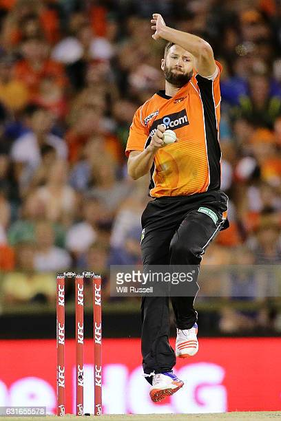 Andrew Tye of the Scorchers bowls during the Big Bash League match between the Perth Scorchers and the Melbourne Stars at WACA on January 14 2017 in...