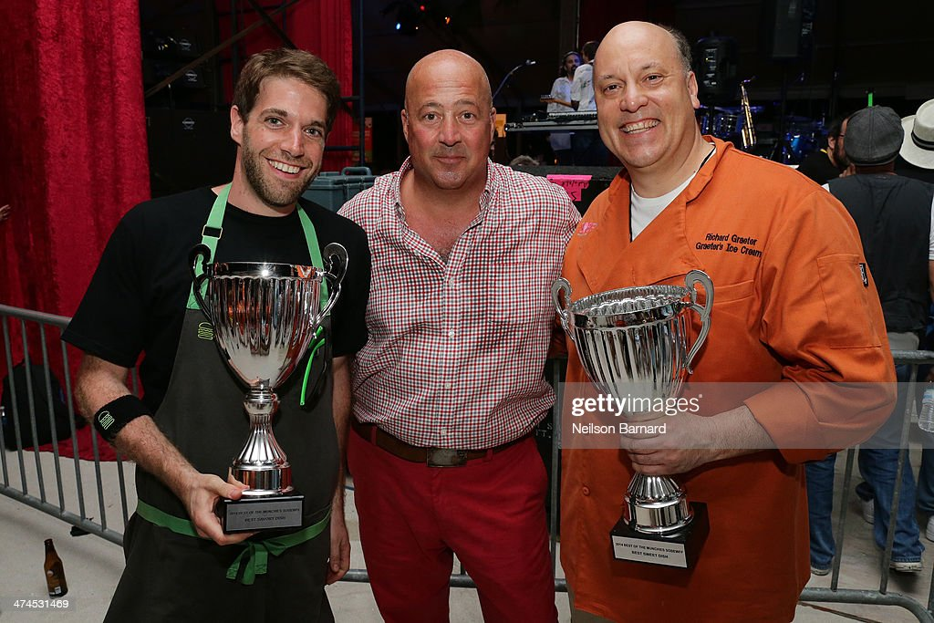 <a gi-track='captionPersonalityLinkClicked' href=/galleries/search?phrase=Andrew+Zimmern&family=editorial&specificpeople=4525179 ng-click='$event.stopPropagation()'>Andrew Zimmern</a> (C) with winners of People's Choice Food Awards at Best of The Munchies: People's Choice Food Awards Presented by PepsiCo Hostice ed by <a gi-track='captionPersonalityLinkClicked' href=/galleries/search?phrase=Andrew+Zimmern&family=editorial&specificpeople=4525179 ng-click='$event.stopPropagation()'>Andrew Zimmern</a> during the Food Network South Beach Wine & Food Festival at Beachside at The Ritz Carlton on February 23, 2014 in Miami Beach, Florida.