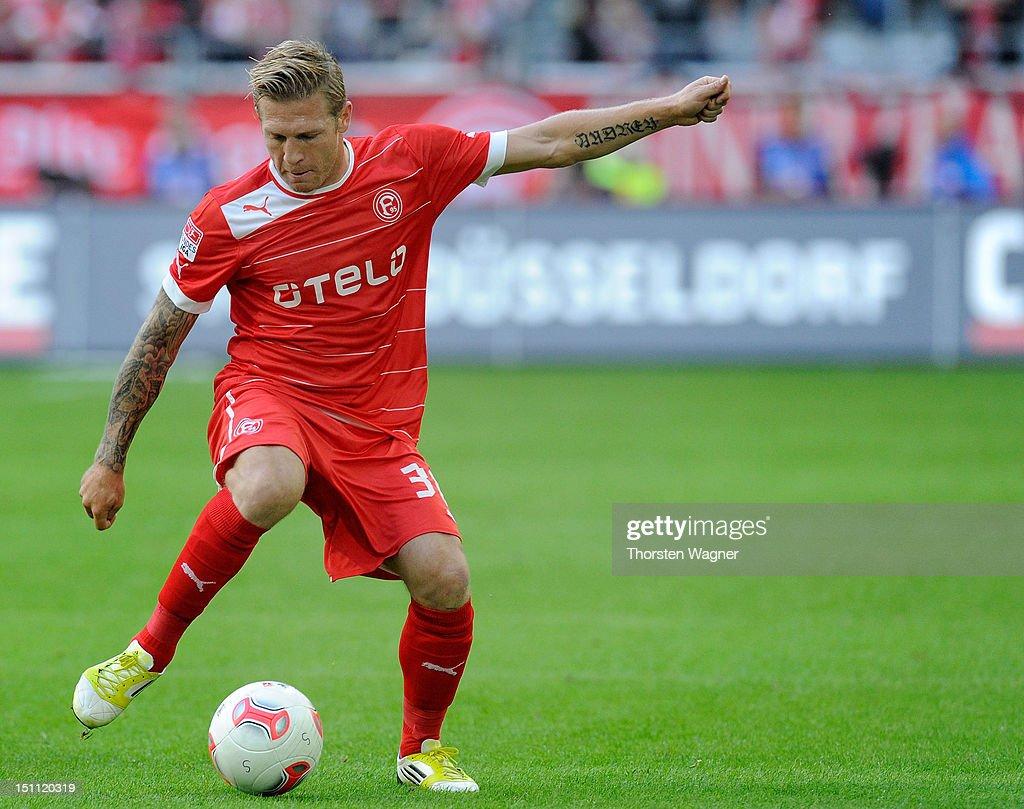 Andrey Voronin of Duesseldorf runs with the ball during the Bundesliga match between Fortuna Duesseldorf and Borussia Moenchengladbach at EspritArena...