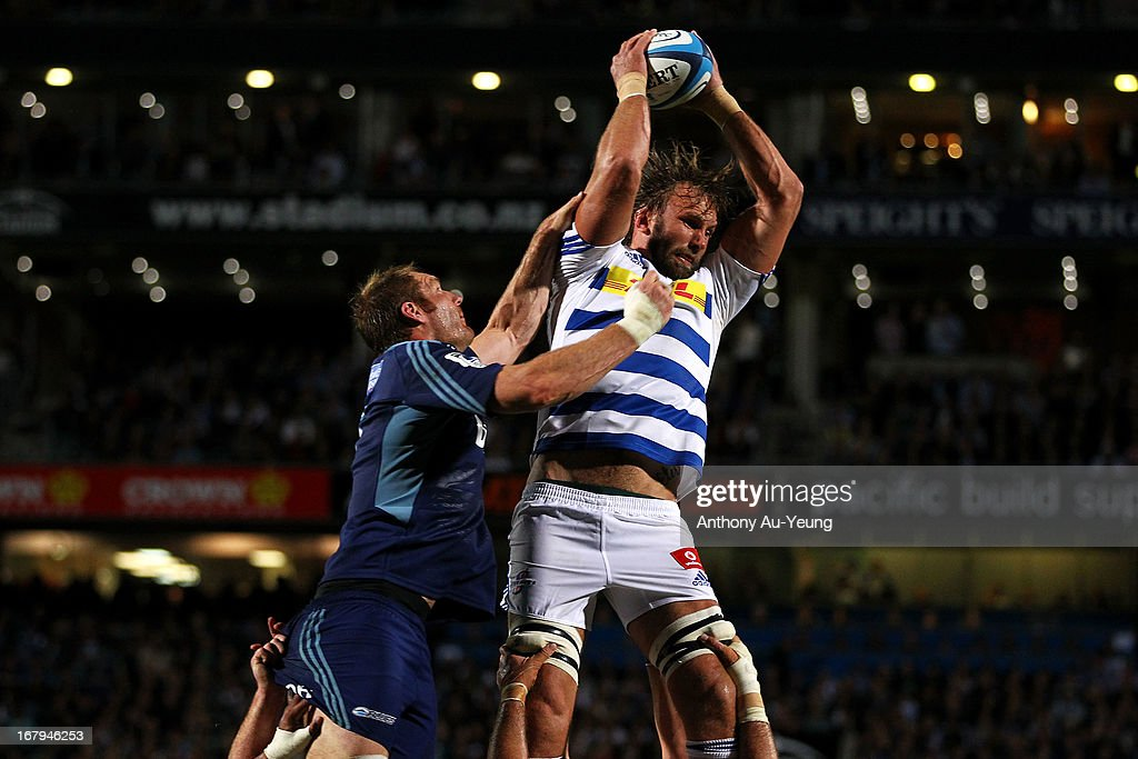 Andries Bekker of the Stormers wina the lineout against Ali Williams of the Blues during the round 12 Super Rugby match between the Blues and the...
