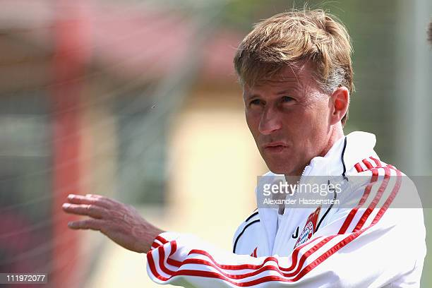 Andries Jonker head coach of Bayern Muenchen reacts during the Bayern Muenchen training session at Bayern's training ground 'Saebener Strasse' on...
