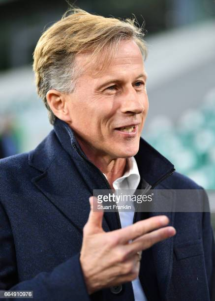 Andries Jonker head coach of Wolfsburg gestures during the Bundesliga match between VfL Wolfsburg and SC Freiburg at Volkswagen Arena on April 5 2017...