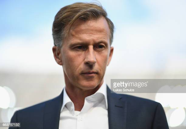 Andries Jonker head coach of Wolfsburg looks on during the Bundesliga match between Bayer 04 Leverkusen and VfL Wolfsburg at BayArena on April 2 2017...