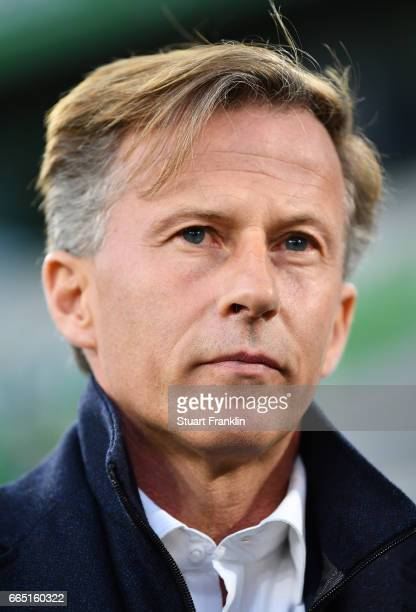 Andries Jonker head coach of Wolfsburg looks on during the Bundesliga match between VfL Wolfsburg and SC Freiburg at Volkswagen Arena on April 5 2017...