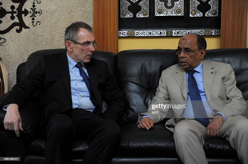 Andris Piebalgs left confers with Ahmed Ould Teguedi Mauritanian Minister for Foreign Affairs and Cooperation