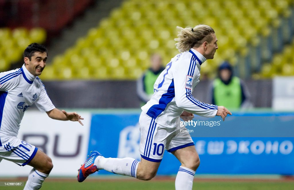 Andriy Voronin of FC Dynamo Moscow celebrates after scoring the winning goal during the Russian Cup Semi Final match between FC Dynamo Moscow and FC...