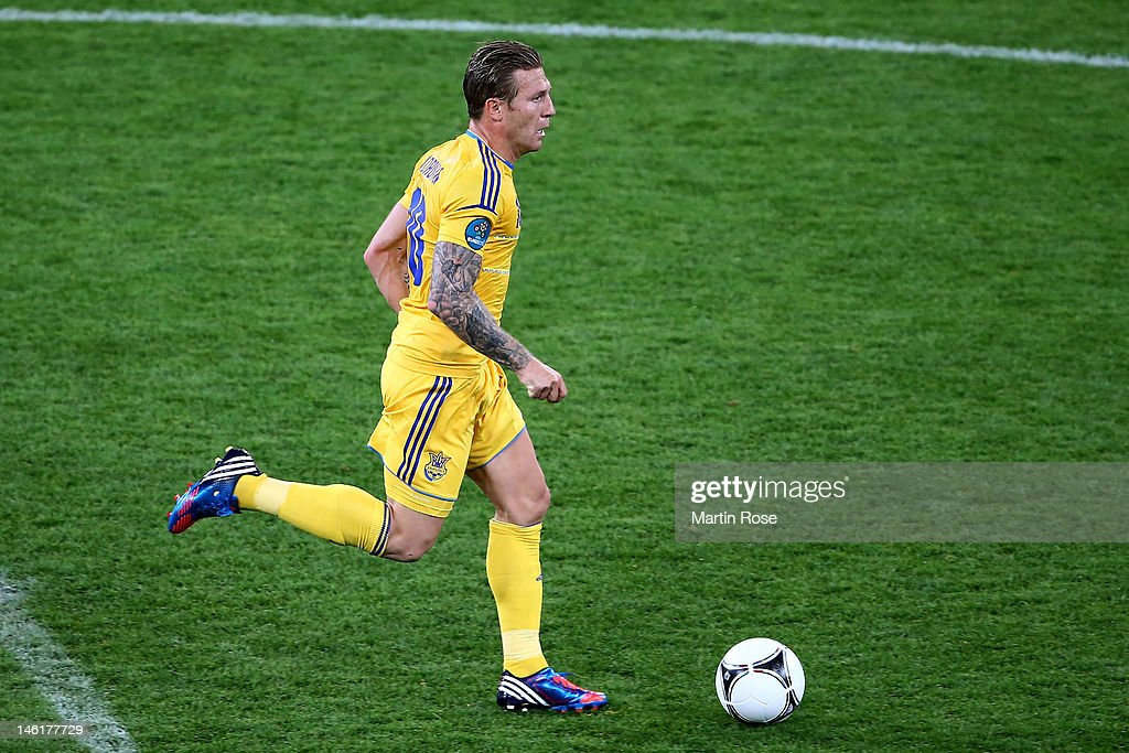 Andriy Voronin of Ukraine runs with the ball during the UEFA EURO 2012 group D match between Ukraine and Sweden at The Olympic Stadium on June 11...