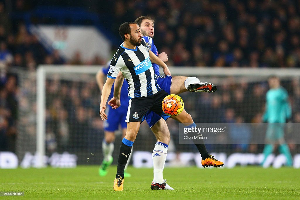 <a gi-track='captionPersonalityLinkClicked' href=/galleries/search?phrase=Andros+Townsend&family=editorial&specificpeople=4266573 ng-click='$event.stopPropagation()'>Andros Townsend</a> of Newcastle United and <a gi-track='captionPersonalityLinkClicked' href=/galleries/search?phrase=Branislav+Ivanovic&family=editorial&specificpeople=607152 ng-click='$event.stopPropagation()'>Branislav Ivanovic</a> of Chelsea compete for the ball during the Barclays Premier League match between Chelsea and Newcastle United at Stamford Bridge on February 13, 2016 in London, England.