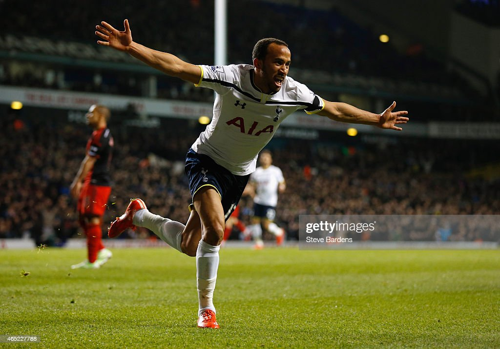 <a gi-track='captionPersonalityLinkClicked' href=/galleries/search?phrase=Andros+Townsend&family=editorial&specificpeople=4266573 ng-click='$event.stopPropagation()'>Andros Townsend</a> of Spurs celebrates as he scores their third goal during the Barclays Premier League match between Tottenham Hotspur and Swansea City at White Hart Lane on March 4, 2015 in London, England.