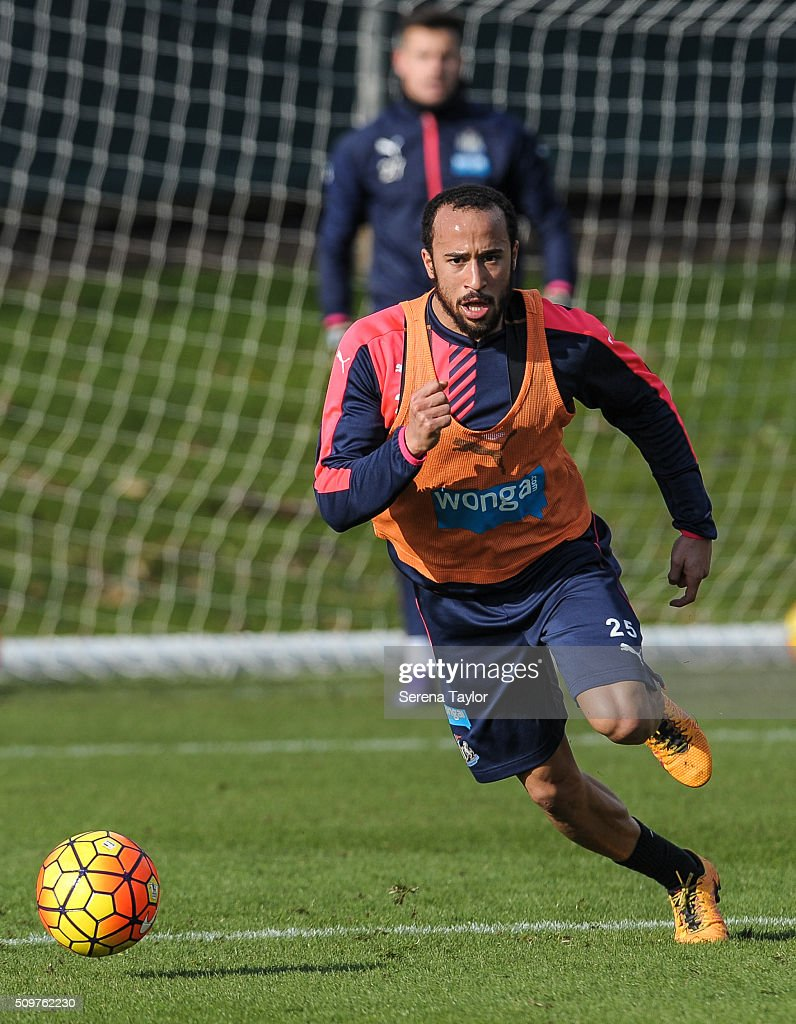 <a gi-track='captionPersonalityLinkClicked' href=/galleries/search?phrase=Andros+Townsend&family=editorial&specificpeople=4266573 ng-click='$event.stopPropagation()'>Andros Townsend</a> runs with the ball during the Newcastle United Training session at The Newcastle United Training Centre on February 12, 2016, in Newcastle upon Tyne, England.